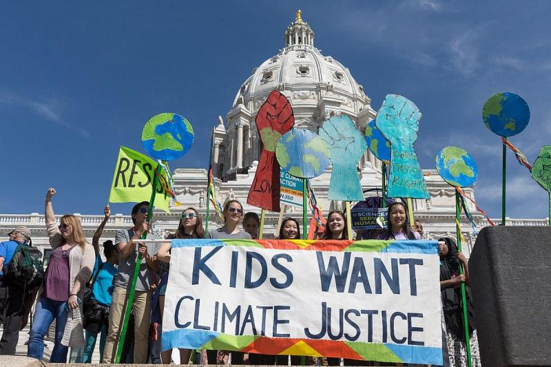 A well-oiled justice system & climate? Not incompatible